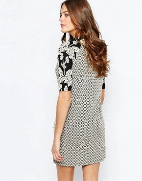 photo Contrast Print Sleeve Shift Dress by Maison Scotch, color Multi - Image 2