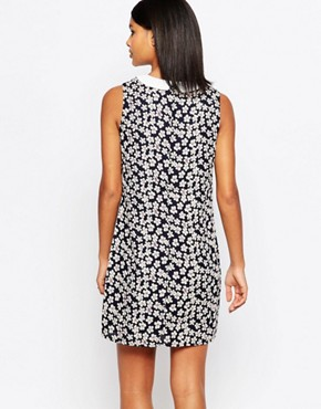 photo Valetta Shift Dress with Contrast Collar by Poppy Lux, color Navy Multi - Image 2