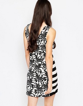photo T-shirt Dress In Palm and Stripe Print by See by Chloe, color Black and White - Image 2