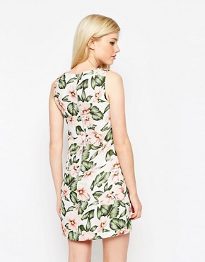 photo Dress In Tropical Floral Print by Style London, color Cream - Image 2