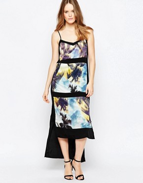 photo Palm Print Panelled Maxi Dress by Suboo, color Blue - Image 1