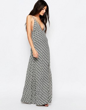 photo Stay with Me Maxi Dress with Strap Detail by WYLDR, color Black - Image 1