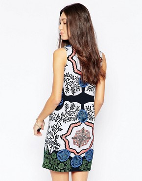 photo High Neck Sleeveless Bodycon Dress by Your Eyes Lie, color Multi - Image 2