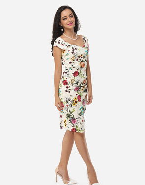 photo Floral Printed Charming Sweet Heart Bodycon Dress by FashionMia, color White - Image 5