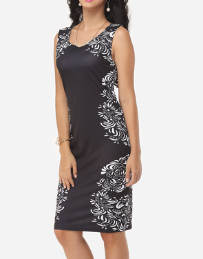 photo Printed Courtly V Neck Bodycon Dress by FashionMia, color Black - Image 3