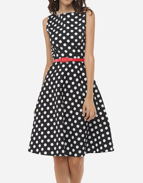 photo Polka Dot Delightful Round Neck Skater Dress by FashionMia, color Black - Image 1
