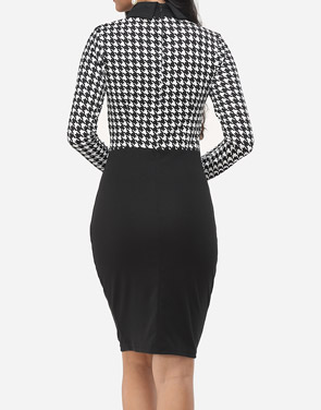 photo Houndstooth Courtly Doll Collar Bodycon Dress by FashionMia, color White Black - Image 4