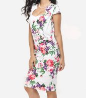 photo Floral Printed Delightful Sweet Heart Bodycon Dress by FashionMia, color White - Image 3