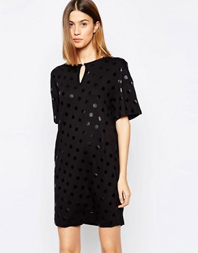 photo Elrica Dress with Open Back by Baum und Pferdgarten, color Black Dot - Image 1