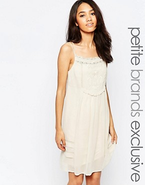 photo Cami Embroidered Sun Dress by Vero Moda Petite, color Cream - Image 1