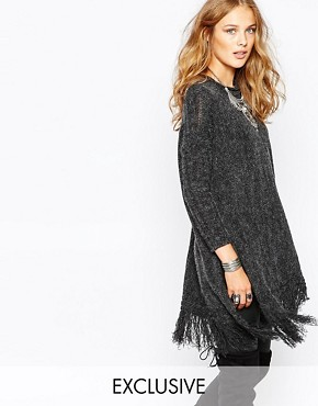 photo Knit Jumper with Tassel Hem by Stitch & Pieces, color Charcoal - Image 1