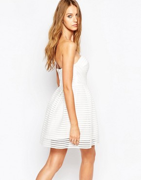 photo Crochet STripe Detail Skater Dress by Missguided, color White - Image 2