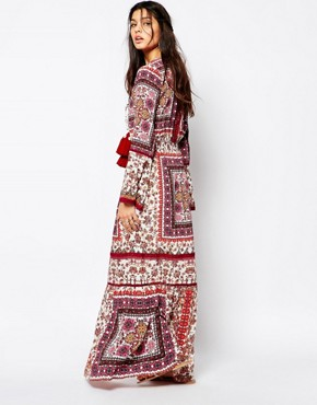 photo Prarie Printed Maxi Dress with High Thigh Split by White Sand, color Multi - Image 2