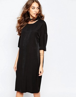 photo Shift Dress with High Neck by Neon Rose, color Black - Image 1