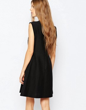 photo Sleeveless Dress in Black with Pleat Detail by Sportmax Code, color Black - Image 2