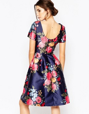 photo Midi Prom Dress with Full Skirt and Sleeve by Chi Chi London, color Navy Base/Floral - Image 2