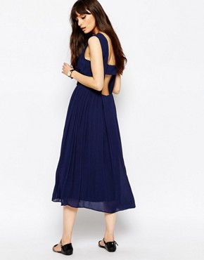 photo Cotton Midi Dress with Open Back by Paisie, color Navy - Image 1