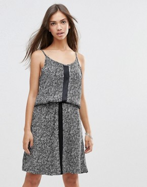 photo Ziggy Dress by Just Female, color Micro Aop - Image 1