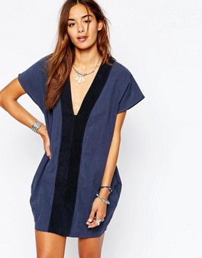 photo Bangalow Linen Suede Dress in Navy by One Teaspoon, color Salted Navy - Image 1