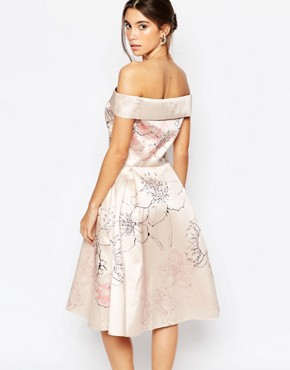 photo Off shoulder Midi Dress in Allover Cherry Blossom by Chi Chi London, color Multi Nude Floral - Image 2