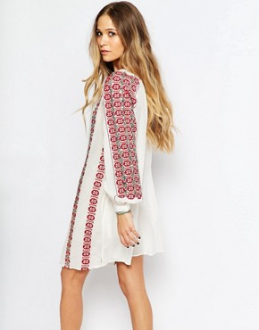 photo Beautiful Embroidered Dress by Maison Scotch, color Cream - Image 2