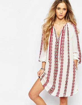 photo Beautiful Embroidered Dress by Maison Scotch, color Cream - Image 1