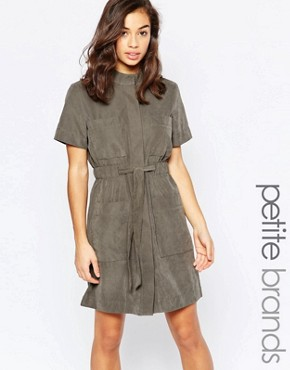 photo Belted Concealed Button Shirt Dress by Vero Moda Petite, color Beluga - Image 1