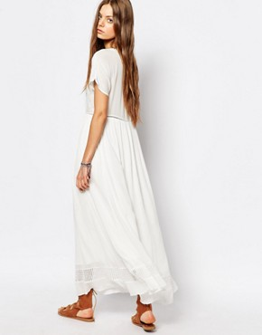 photo Maxi Dress in White by Suncoo, color White - Image 2