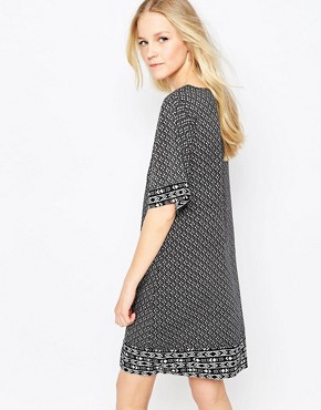 photo 3/4 Sleeve Printed Shift Dress by JDY, color Black/White - Image 2
