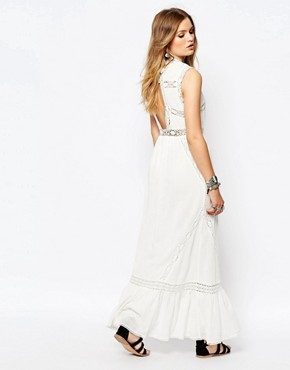 photo Careless Maxi Dress in White by Gat Rimon, color White - Image 2