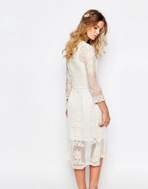 photo Placement Lace Midi Dress by Navy London, color Cream - Image 2