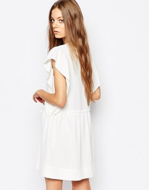 photo Ruffle Tie Waist Dress in crinkle Jacquard by Vanessa Bruno Athe, color Ivory - Image 2