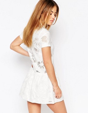 photo Drop Hem Polo Shirt Dress by Vero Moda Petite, color White - Image 2