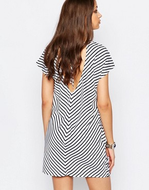 photo Striped Shift Dress by Noisy May Tall, color White - Image 2
