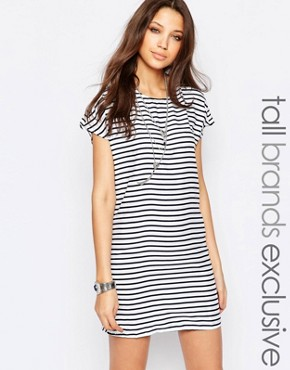photo Striped Shift Dress by Noisy May Tall, color White - Image 1