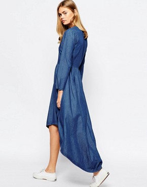 photo Denim Dress with Dipped Hem by Rollas, color Blue - Image 2