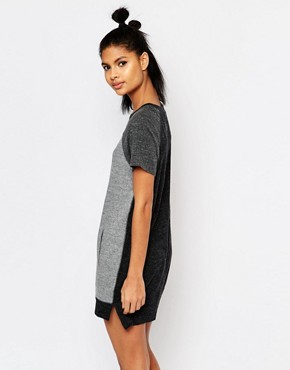 photo T-Shirt Dress with Colour Block by Nike, color Grey - Image 2