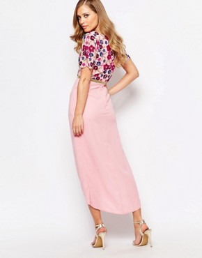 photo Viola Embellished Midi Dress with Wrap Front Detail by Virgos Lounge, color Pink - Image 2