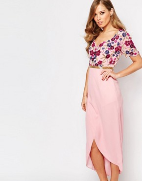 photo Viola Embellished Midi Dress with Wrap Front Detail by Virgos Lounge, color Pink - Image 1