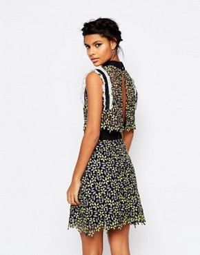 photo Eleina Sculpted Daisy Dress in Colourful Lace by Self Portrait, color Yellow/Black - Image 2