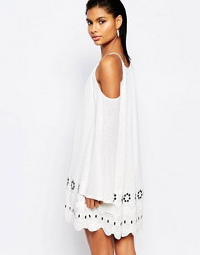 photo Open Shoulder Dress with Scalloped Trim by Moon River, color Off White - Image 2