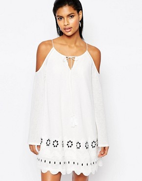 photo Open Shoulder Dress with Scalloped Trim by Moon River, color Off White - Image 1