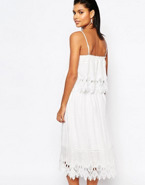 photo Double Layer Midi Dress with Lace Trim by Moon River, color White - Image 2