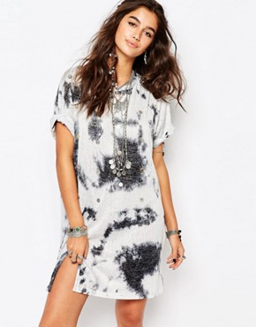 photo Festival T-Shirt Dress with Shells by Native Rose, color Pewter - Image 1