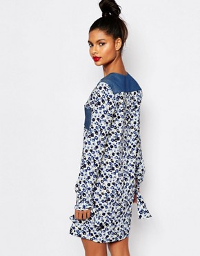 photo Tunic Dress in Floral Crepe by Sonia by Sonia Rykiel, color Ecru/Navy - Image 2