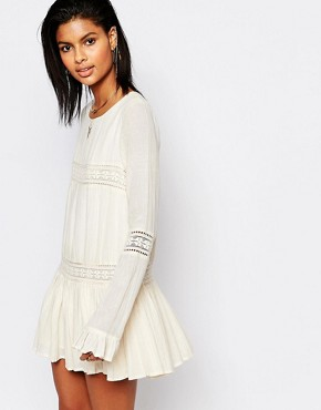 photo Berkley Dress with Fluted Sleeves by Tularosa, color Cream - Image 1
