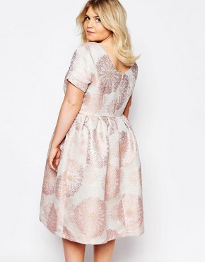 photo Brocade Midi Dress by Truly You, color Pink - Image 2