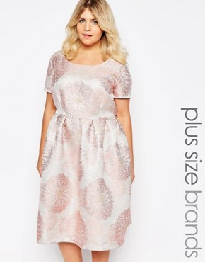 photo Brocade Midi Dress by Truly You, color Pink - Image 1