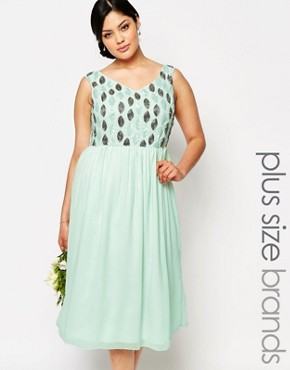 photo Embellished Bodice Midi Prom Dress by Lovedrobe Luxe, color Green - Image 1