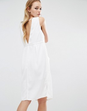 photo Plunge Neck Dress by Neon Rose, color Cream - Image 2